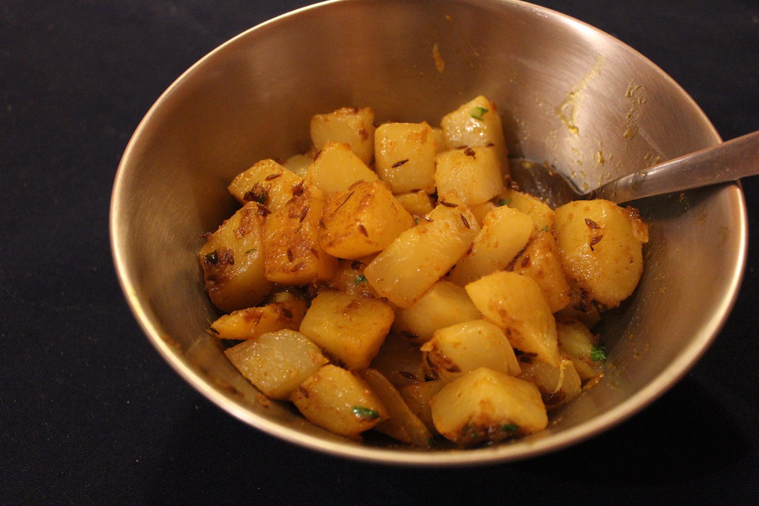 インド家庭料理の趣 「芋とカブのサブジ」のレシピ